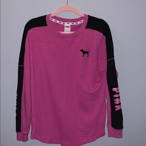 PINK Long sleeve Campus Tee